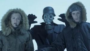 Pourquoi un masque à gaz au fait ?