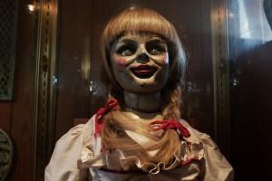 On connaissait la fiancée de Chucky. C'est officiel : il a aussi une maîtresse !