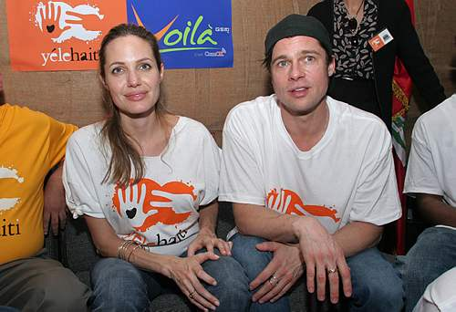 brad pitt and angelina jolie family. Angelina Jolie#39;s family