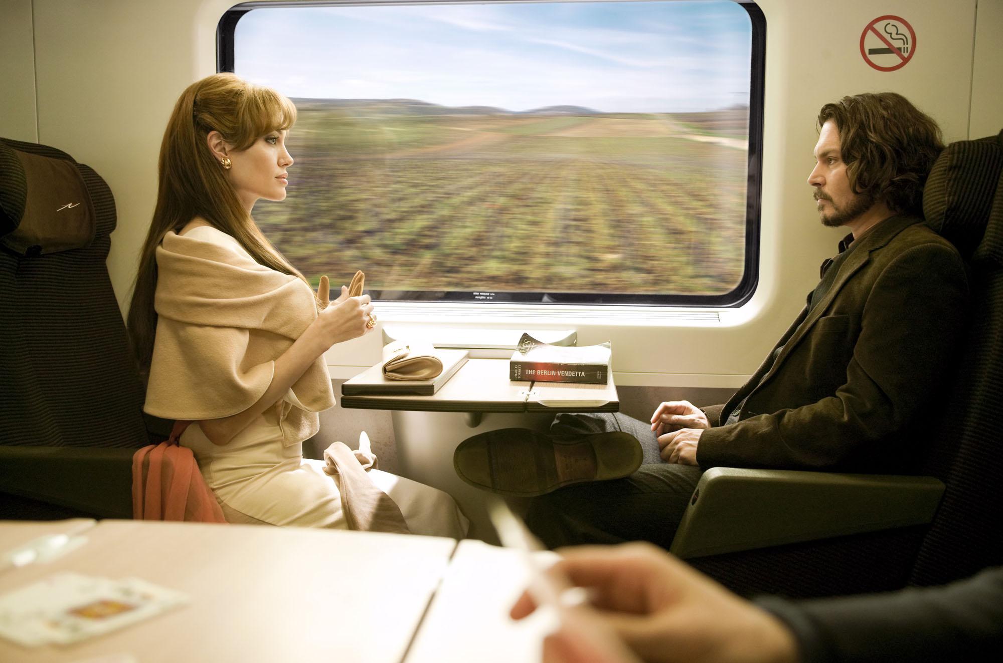 Фото двое в купе поезда 14 фотография
